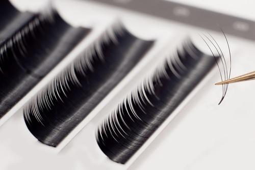 Kępki Rzęs Vshape – Clavier, 8mm – Jaskółki, Kardashianki, Fishtail kg